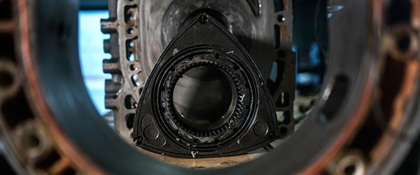 Rotasjonsmotorens komponenter